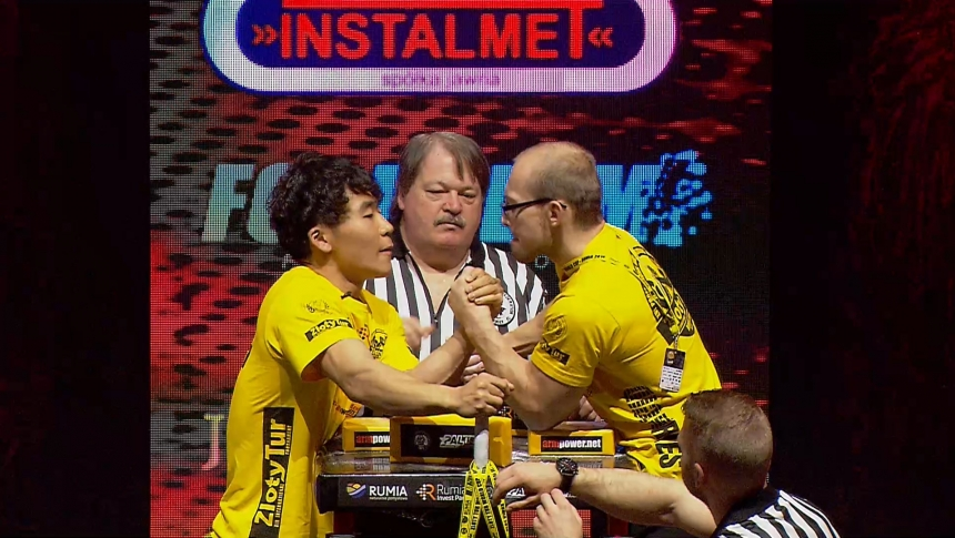Pilwoo Jeon vs Jan Tager Left Hand Zloty tur Armwrestling World Cup 2019 # Armbets.tv # фкьиуеыюем
