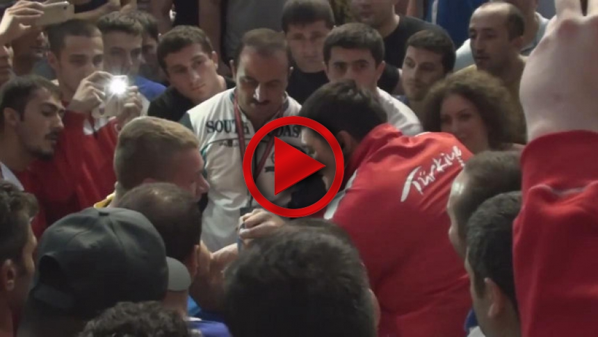 EuroArm 2014 - Oleg Zhoh vs Farid Usmanli - side table fight (unofficial) # Armbets.tv