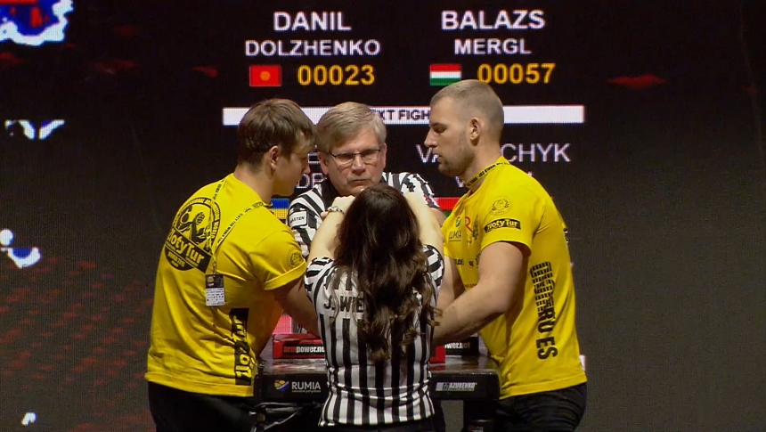 Danil Dolzhenko vs Balazs Merg Right Hand Zloty tur Armwrestling World Cup 2019 # Armbets.tv # фкьиуеыюем