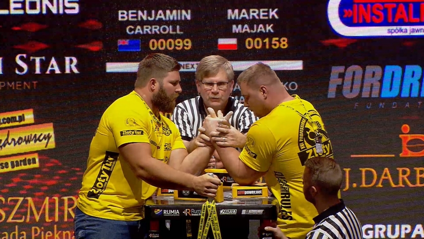 Benjamin Carroll vs Marek Majak Left Hand Zloty tur Armwrestling World Cup 2019 # Armbets.tv # фкьиуеыюем