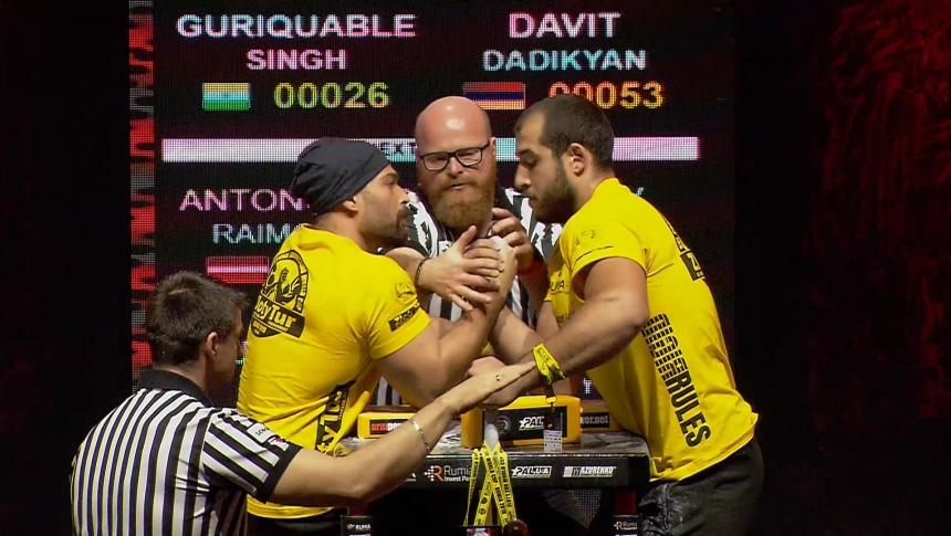 Guriquable Singh vs Davit Dadikyan Right Hand Zloty tur Armwrestling World Cup 2019 # Armbets.tv # фкьиуеыюем