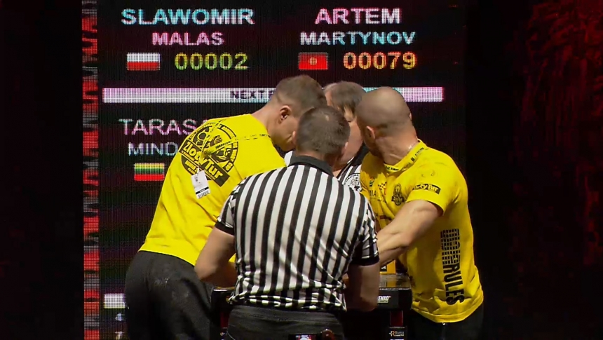 Slawomir Malas vs Artem Martynov Right Hand Zloty tur Armwrestling World Cup 2019 # Armbets.tv # фкьиуеыюем