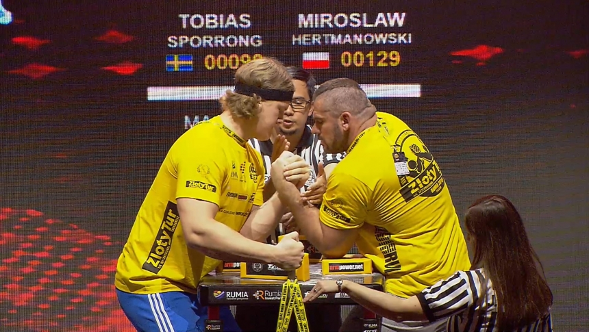 Tobias Sporrong vs Miroslaw Hertmanowski Left Hand Zloty tur Armwrestling World Cup 2019 # Armbets.tv # фкьиуеыюем