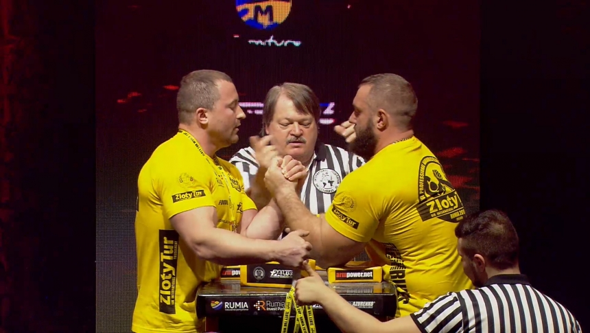 Pavlo Derbedyenyev vs Ilya Ilin Left Hand Zloty tur Armwrestling World Cup 2019 # Armbets.tv # фкьиуеыюем