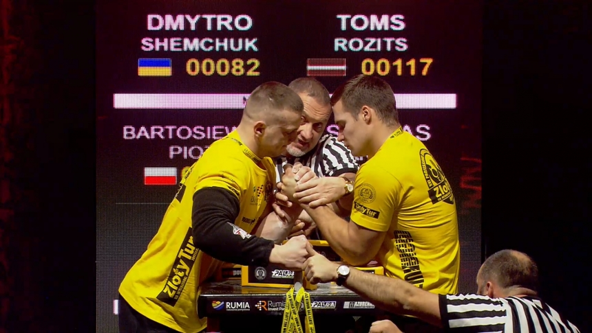Dmytro Shemchuk vs Toms Rozits Left Hand Zloty tur Armwrestling World Cup 2019 # Armbets.tv # фкьиуеыюем