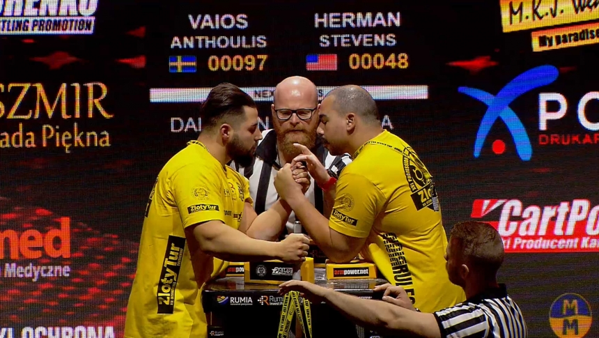 Vaios Anthoulis vs Herman Stevens Left Hand Zloty tur Armwrestling World Cup 2019 # Armbets.tv # фкьиуеыюем