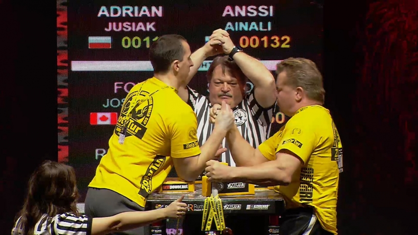 Adrian Jusiak vs Anssi Ainali Right Hand Zloty tur Armwrestling World Cup 2019 # Armbets.tv # фкьиуеыюем