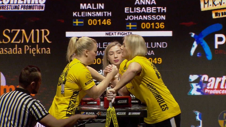 Malin Kleinsmith vs Anna Elisabeth Johansson Right Hand Zloty tur Armwrestling World Cup 2019 # Armbets.tv # фкьиуеыюем