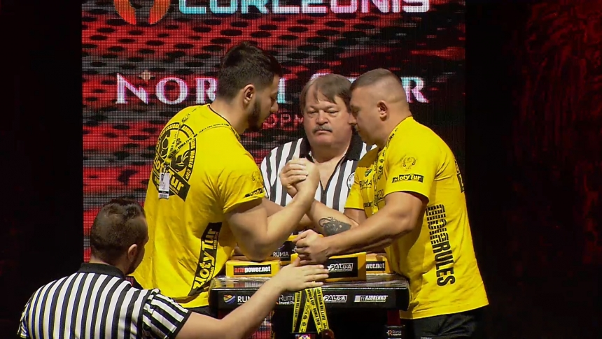 Alan Makeev vs Denys Huriev Right Hand Zloty tur Armwrestling World Cup 2019 # Armbets.tv # фкьиуеыюем