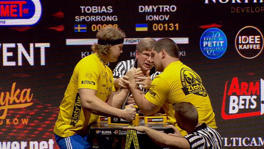 Tobias Sporrong vs Dmytro Ionov Left Hand Zloty tur Armwrestling World Cup 2019 # Armbets.tv # фкьиуеыюем